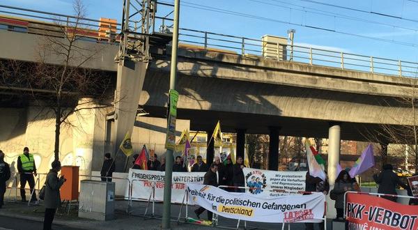 ATİK Aktivistleri Ve Devrimci Politik Tüm Tutsaklara Özgürlük Mitingi